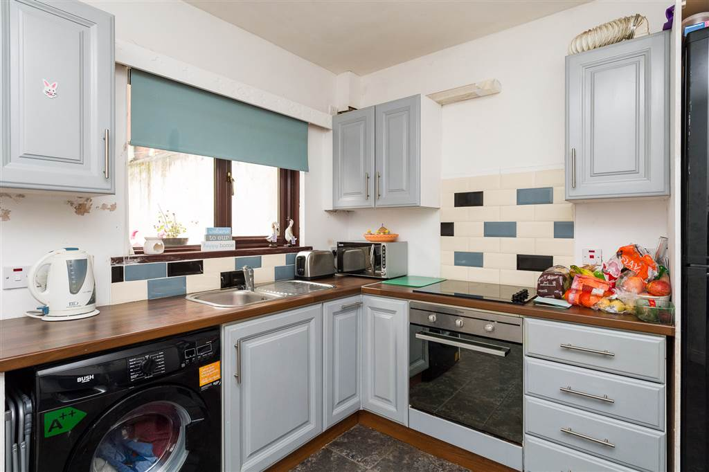 23 harrogate street belfast property for sale at tmc for Perfect kitchen harrogate takeaway